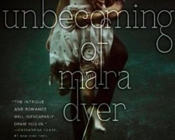 Review: The Unbecoming of Mara Dyer by Michelle Hodkin