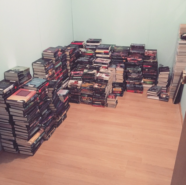 this is what 700 books looks like